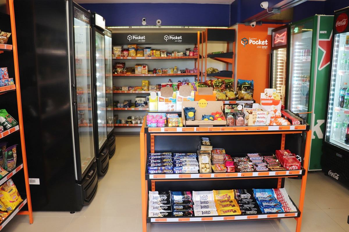 Spot Living Mall inicia processo de operação de mercados em condomínios